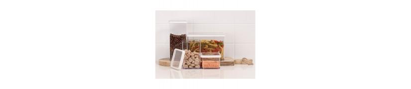 Pojemniki do przechowywania produktów sypkich w kuchni